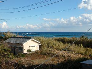 千葉県鴨川市江見東真門の不動産、中古別荘、海一望、海が見える物件、もちろん海が見えます