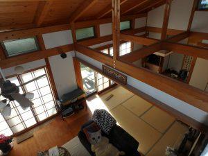 千葉県鴨川市天面の不動産、海が見える家、海前、別荘、障子を開けると下の部屋が