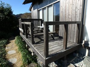 千葉県鴨川市天面の不動産、海が見える家、海前、別荘、お茶するのにイイですね