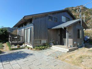 千葉県鴨川市天面の不動産、海が見える家、海前、別荘、経年変化で味が出る杉板張