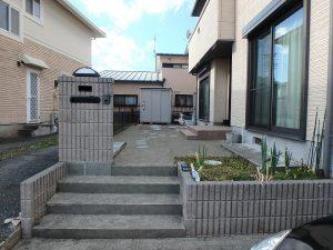 千葉県鴨川市東町の不動産、中古戸建て、積水ハウス施工、宅盤は道路より高い