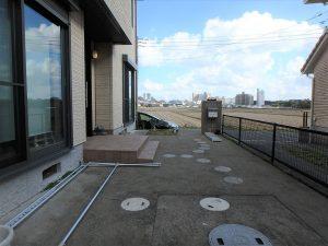 千葉県鴨川市東町の不動産、中古戸建て、積水ハウス施工、田園の背後に亀田総合病院