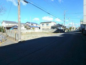 千葉県館山市北条の不動産、海の近く、海が見える土地、おどや近く、この道は一方通行です