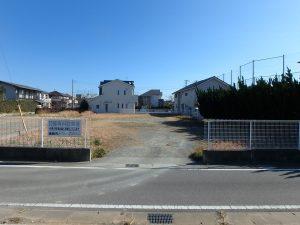 千葉県館山市八幡の不動産、土地、住宅用地、現況は駐車場として運用