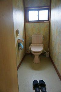 千葉県南房総市白浜町乙浜の不動産、中古戸建て、収益物件、別荘、海前、海望む、トイレです