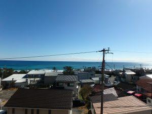 千葉県南房総市和田町仁我浦の不動産、マンション、海が見える、海一望、房総シーサイドコンド、隙間から撮影すると