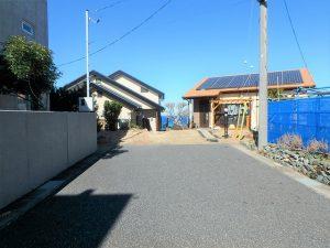 千葉県館山市加賀名の不動産、海が見える別荘、ポピーランド、海一望、正面左側が当該物件です