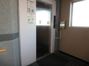 千葉県南房総市和田町仁我浦の不動産、マンション、海が見える、海一望、房総シーサイドコンド、エレベータで4階に