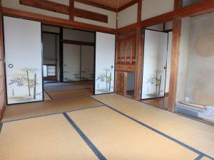 千葉県館山市八幡の不動産、戸建て、移住、襖を外し広く使っても