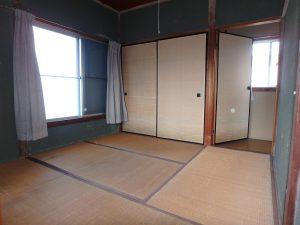 千葉県館山市八幡の不動産、戸建て、移住、南側広縁で行き来できる
