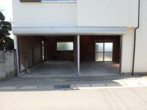 千葉県館山市八幡の不動産、戸建て、移住、ガレージは普通車と軽程度