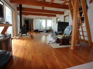千葉県鴨川市横渚の不動産、前原海岸すぐ前、海一望別荘、高級別荘、床材はさくら無垢です