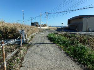千葉県館山市西川名の不動産、海が見える土地、広い土地、30m程入ります