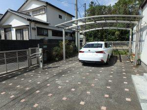 千葉県鴨川市横渚の不動産、前原海岸すぐ前、海一望別荘、高級別荘、カースペースです