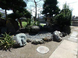 千葉県館山市八幡の不動産、戸建て、移住、離れ側に枯山水?かな