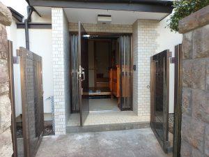 千葉県館山市八幡の不動産、戸建て、移住、室内に入ってみます