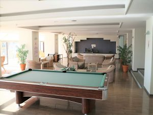 千葉県南房総市白浜町滝口のマンション、アレーヌ白浜、別荘、海一望、遊具もありますね