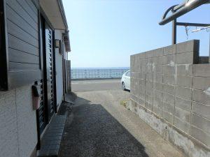 千葉県安房郡鋸南町保田の土地、海望む、海に近い住宅地、数十歩進んで海に出た