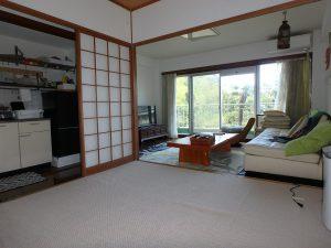 千葉県館山市洲崎ロイヤルマンション、海一望別荘、きれいにお使いですね