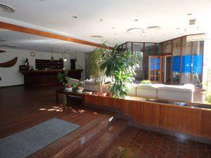 千葉県館山市洲崎ロイヤルマンション、海一望別荘、エントランスホールです