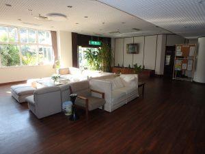 千葉県館山市洲崎ロイヤルマンション、海一望別荘、談話コーナーです