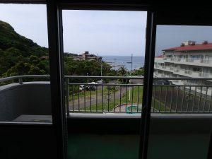 千葉県館山市洲崎のマンション、洲崎ロイヤル、海が見える別荘、正面に海見えますよ
