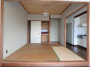 千葉県館山市洲崎のマンション、洲崎ロイヤル、海が見える別荘、収納もあります