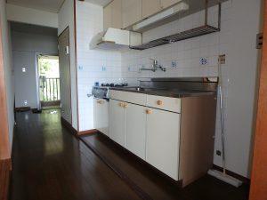 千葉県館山市洲崎のマンション、洲崎ロイヤル、海が見える別荘、玄関側に戻ります