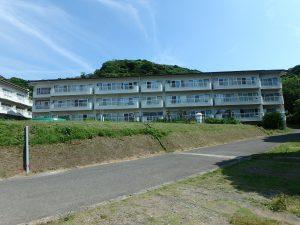 千葉県館山市洲崎のマンション、洲崎ロイヤル、海が見える別荘、対象物件は海正面のB棟