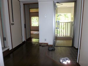 千葉県館山市洲崎のマンション、洲崎ロイヤル、海が見える別荘、南側の和室へ