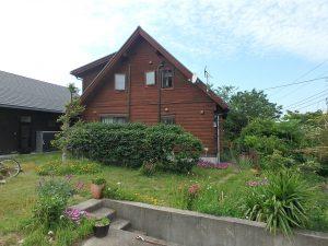 千葉県館山市見物の不動産、ポピーランド、ログハウス、海が見える、敷地は約110坪
