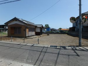 千葉県館山市国分の不動産、土地、別荘用地、道路間口も広い
