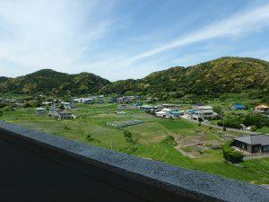 千葉県鴨川市江見青木の不動産、マンション、南鴨川シーハイツ、海望む、おっ山側の景色イイな