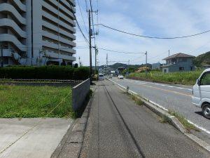 千葉県鴨川市江見青木の不動産、マンション、南鴨川シーハイツ、海望む、部屋を後に外に出ました