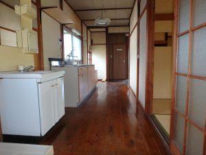 千葉県館山市上真倉の不動産、中古住宅、平家、田舎暮らし、北側はキッチンコーナー