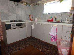 千葉県鴨川市太尾の不動産、戸建て、鴨川移住、キッチンはL字型