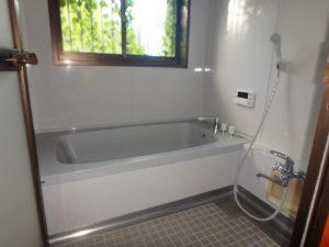 千葉県館山市上真倉の不動産、中古住宅、平家、田舎暮らし、浴室もきれいですね