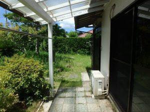千葉県館山市上真倉の不動産、中古住宅、平家、田舎暮らし、外に出てきました