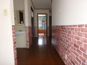 千葉県鴨川市太尾の不動産、戸建て、鴨川移住、2階の長ーい廊下