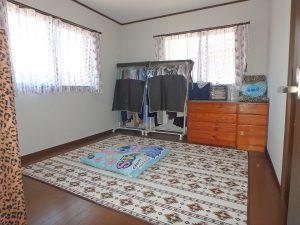 千葉県鴨川市太尾の不動産、戸建て、鴨川移住、廊下突き当りは7帖洋室