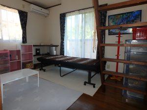 千葉県鴨川市太尾の不動産、戸建て、鴨川移住、南面の6帖洋室