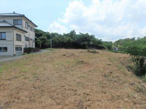 千葉県鴨川市貝渚、一戦場魚見塚の土地、海一望、別荘用地、間口は約38mあります