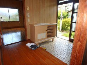 千葉県館山市上真倉の不動産、中古住宅、平家、田舎暮らし、お馴染み田舎家の広い玄関