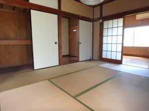 千葉県館山市上真倉の不動産、中古住宅、平家、田舎暮らし、建物中央は和室続間です