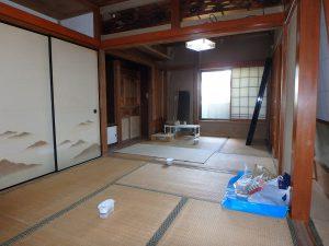 千葉県安房郡鋸南町勝山の不動産、中古住宅、海が近い、釣り別荘、廊下を挟んで奥の続間