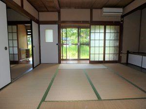 千葉県館山市上真倉の不動産、中古住宅、平家、田舎暮らし、庭も見えて和のいい感じ