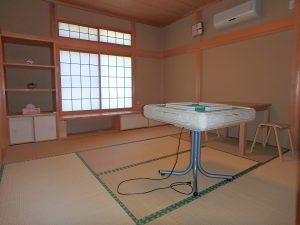 千葉県館山市神余の不動産、平家別荘、敷地広い、ドッグラン、西側の和室8帖です