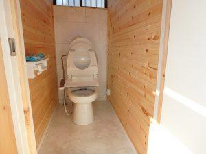 千葉県館山市船形の不動産、リフォーム済み戸建て、釣りの拠点、トイレは簡易水洗ですね